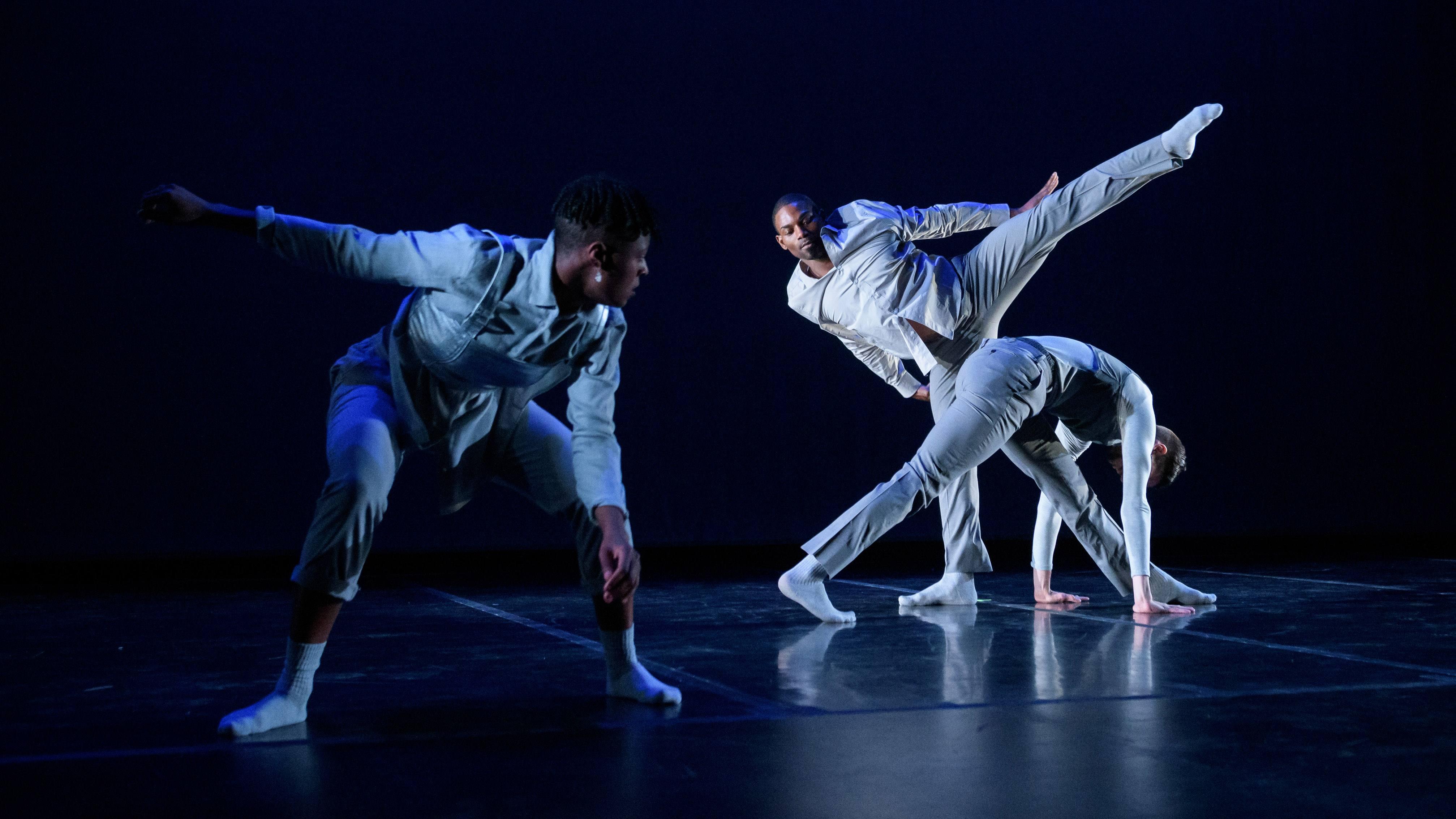 Ebony Williams Choreography & Dancers; photo Ian Douglas